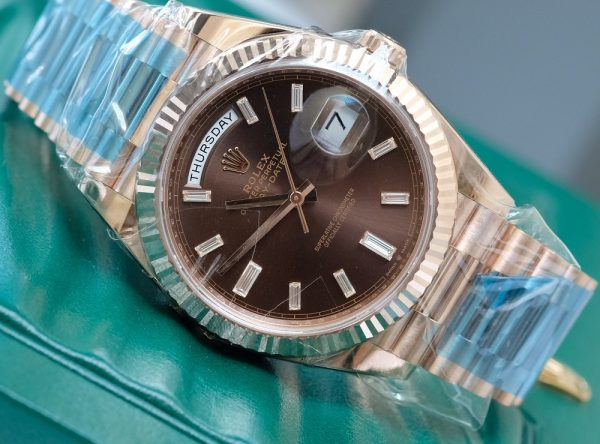 Rolex Day-Date 228235 Chocolate Dial Everose Gold Size 40mm
