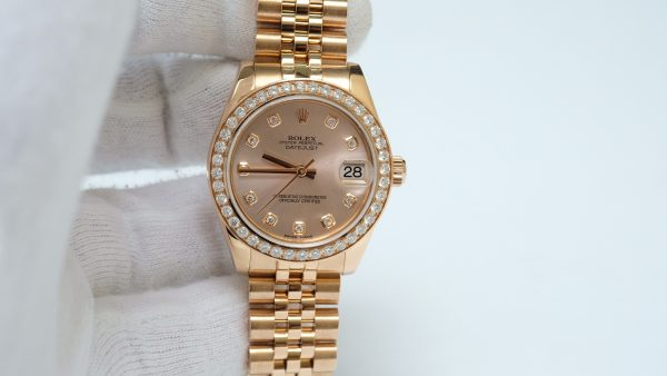 Đồng hồ nữ Rolex Date Just 178245 mặt tia hồng size 31mm