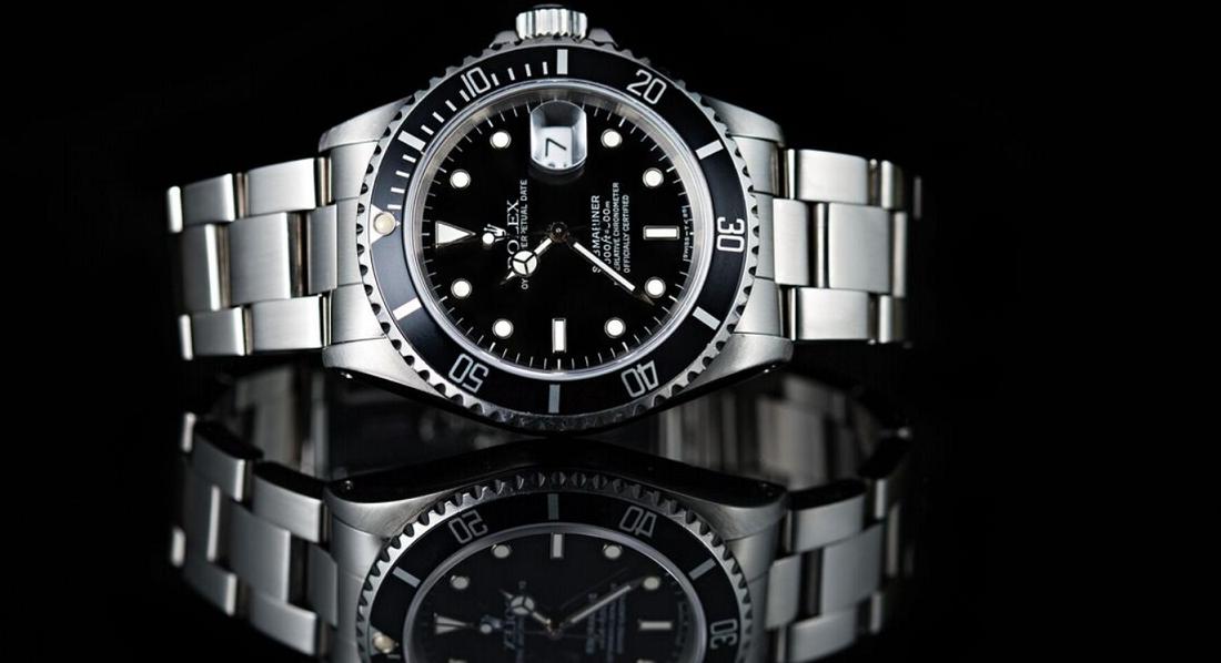 Đồng hồ Rolex Submariner mới có giá bao nhiêu?
